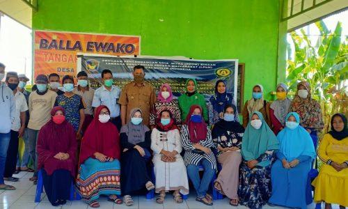 Harlina Usman, Dosen Fakultas Perikanan dan Ilmu Perikanan UMI Melaksanakan Program Pengembangan Desa Mitra (PPDM) Binaan di Desa Tamangapa Kec. Ma'rang Kab. Pangkep.